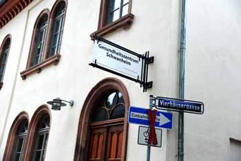 Frankfurt Scdhwanheim Gesundheitszentrum